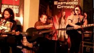 Urbandub (Rare Acoustic Session, Live at Eastwood)