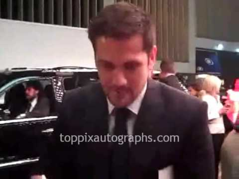 Michael Landes  Signing Autographs at the 'Just Wright' Premiere in NYC