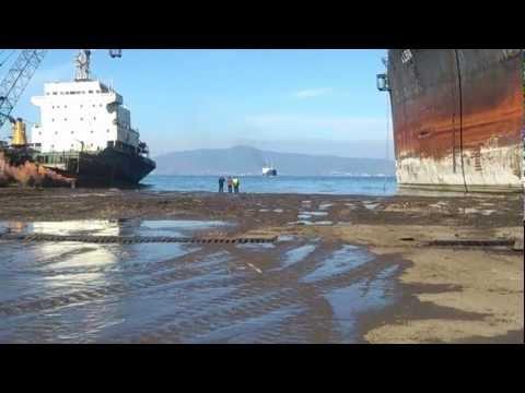Hera Last Stop Beaching Ship HERA For Scrap Turkey ALİAGA ggd.