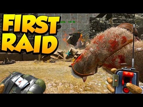 FIRST RAID OF THE WIPE! - Ark Survival Evolved Island PVP #28