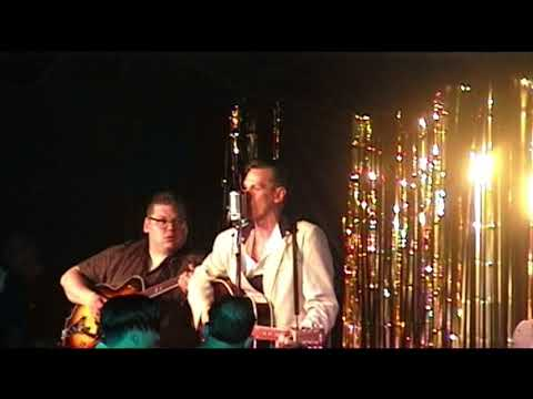 Jack Baymoore & the Bandits   A V8 Boogie   Hemsby 2001