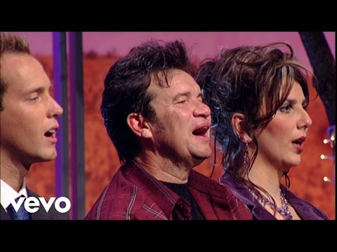Bill & Gloria Gaither - Jesus, What a Lovely Name (Live)