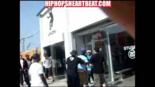 Repeat youtube video Another L? Yung Berg Gets Punched In The Back Of The Head! (Footage)