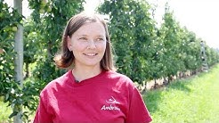 Madeleine van Roechoudt, a young grower from Lake Country, British Columbia