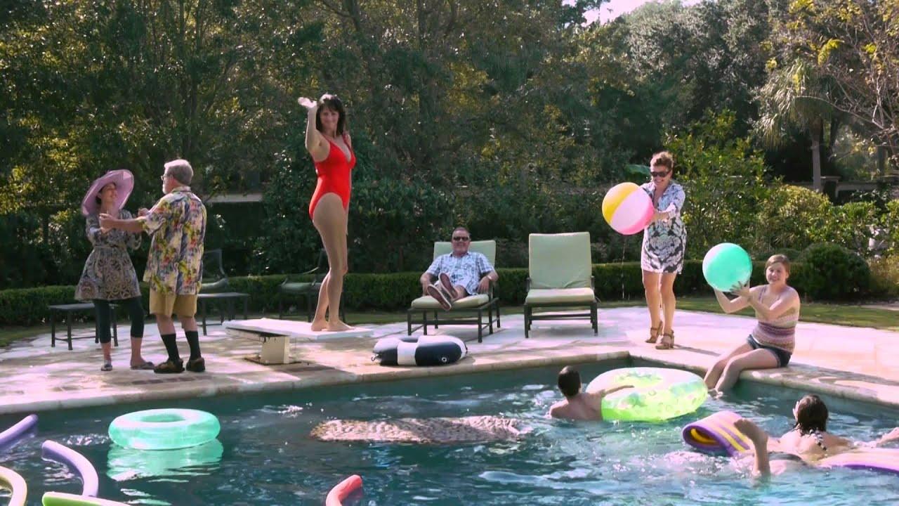 My Mele Kalikimaka Moment - amy allender {dot} com |Christmas Vacation Pool