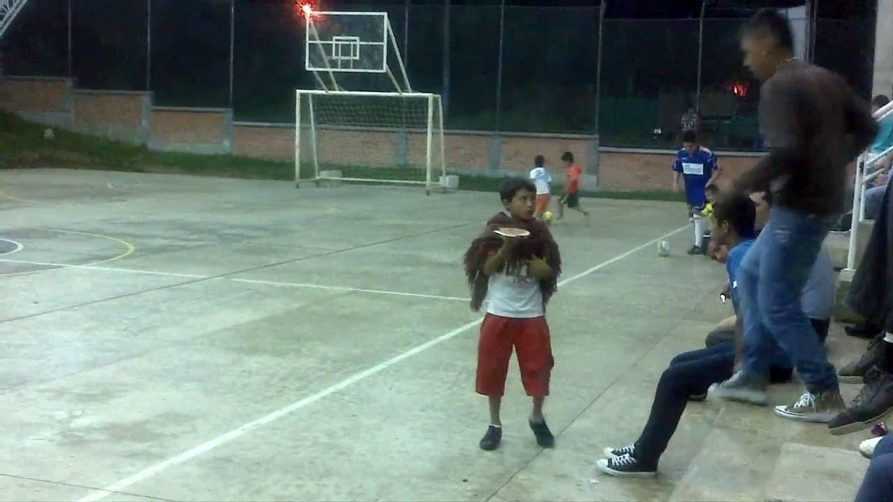 JUAN MANUEL JARAMILLO #10 CON SU MENTOR EN SALONICA 20120705