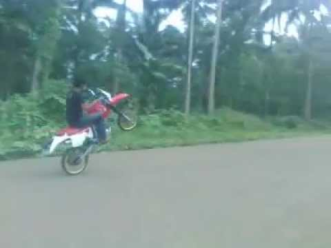 ROCKENRUN - Practice Wheelie at Punu Batu, Ungkaya-Pukan Basilan Province