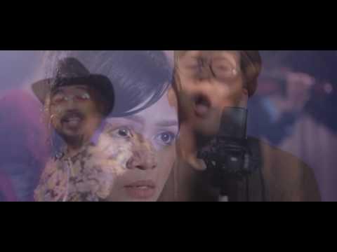 Despacito Combine  MAN VS WOMEN ( MALAY VERSION 2017)