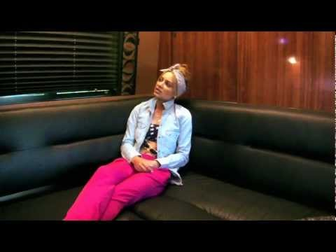 Havana Brown - Behind The Scenes - Tour Bus Pitbull USA Tour