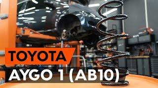 Hvordan skifte Spiralfjærer på TOYOTA AYGO (WNB1_, KGB1_) - videoguide