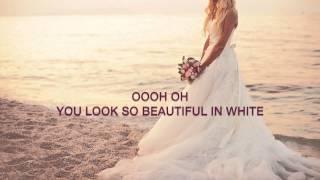 Gambar cover Westlife - Beautiful In White (lyrics)