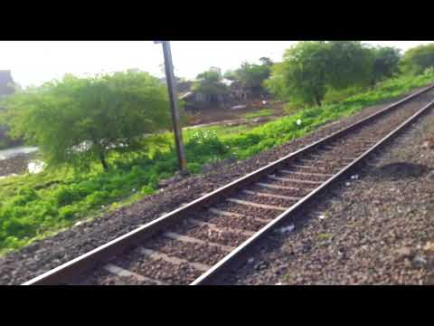 itarsi to new delhi traveling by Navyug Express  16687