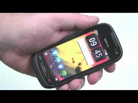 Dutch: Nokia 701 review