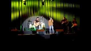 MAC SALVADOR & MAX  CASTRO- MARIA ANGOLA  MIRAFLORES