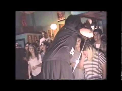 Bratmobile  - Cool Schmool (live)
