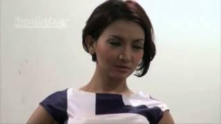 Unjuk Kemampuan, Roro Fitria Jadi Presenter