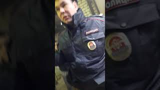 Узбек vs   полиция разбор с сотрудниками полиции незаконная проверка в Нижнем Новгороде