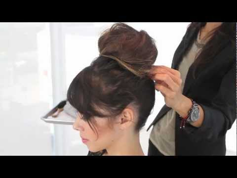 How to Do a Quick and Easy Updo for Parties
