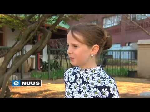 Suid-Afrika is my lieflingsland / Amira Willighagen performs in South Africa