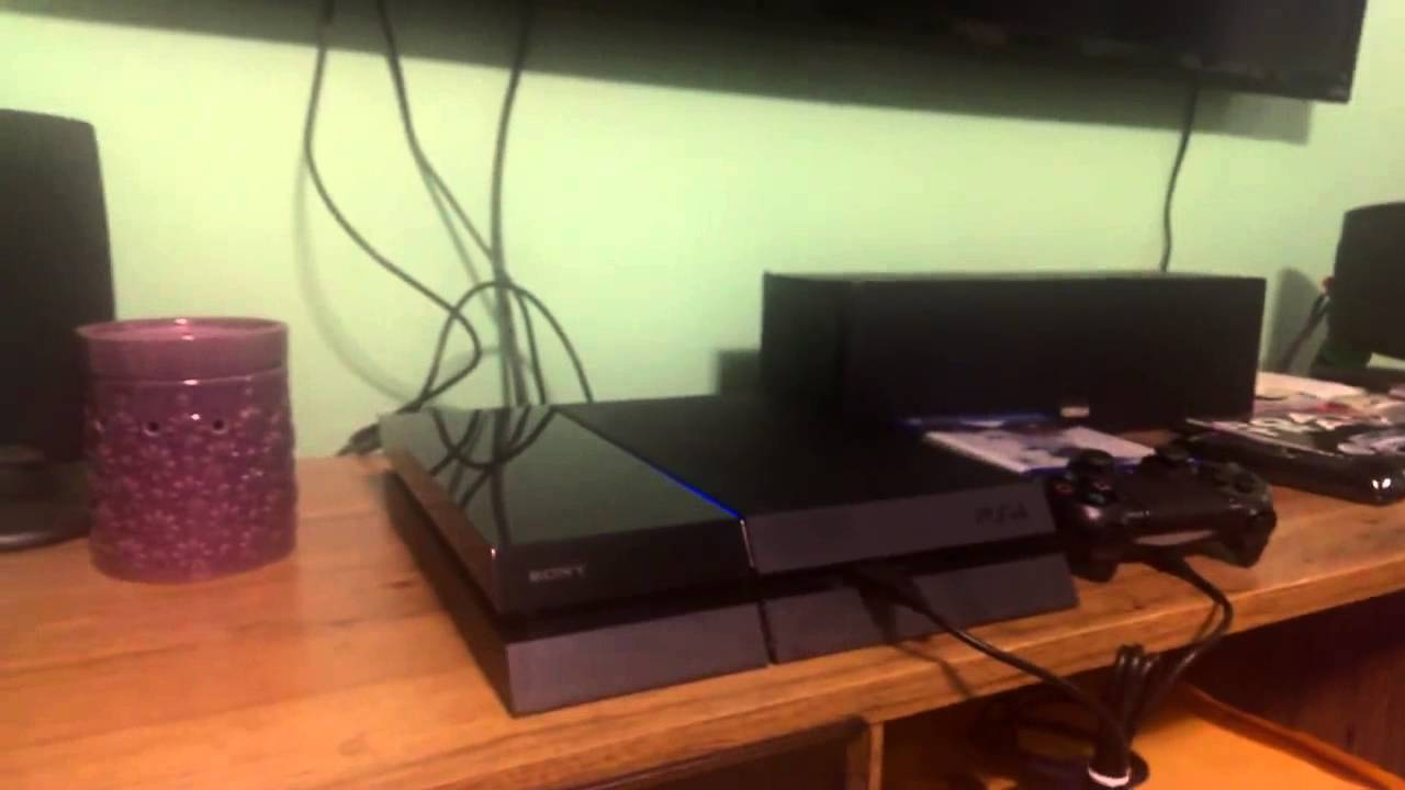 PS4 Pulsing Blue Light Of Death Out Of The BOX!