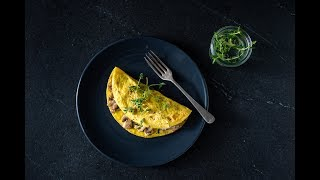 Omelet With Cream Cheese and Mushrooms