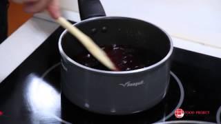อกเป็ดย่างราดซอสบลูเบอรี่ (pan Fried Duck Breast With Blueberry Sauce)