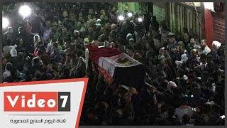جنازة شهيد قرية البرادعة بالقناطر الخيرية تهتف ضد الاٍرهاب