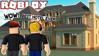 BEST HOTEL IN ROBLOX BLOXBURG WE EVER STAYED!!!!