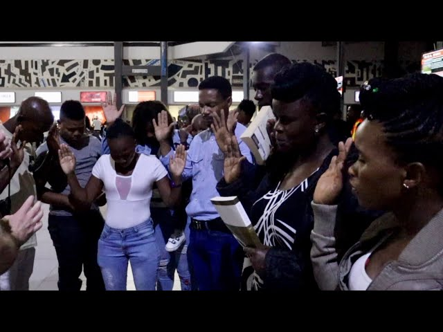 Incredible move of God at Johannesburg Park Station!