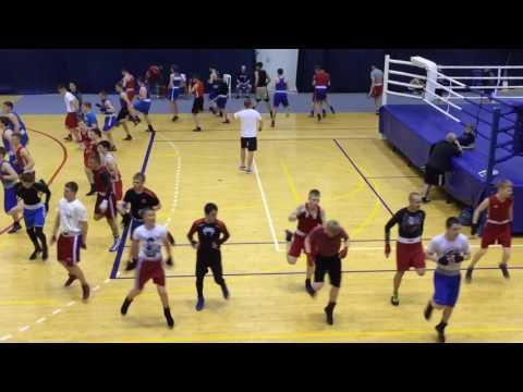 Тренировка боксёров 13-14 лет ( Тренировочные Мероприятия к Первенству России по боксу)г.Анапа 2017г