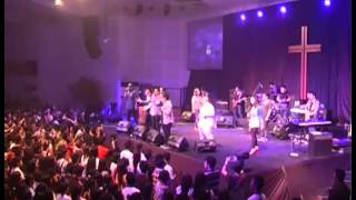 Sidney Mohede ft Disciples ft TW Youth Shine Like Stars @YCC 30 Nov'12 Salatiga Resimi