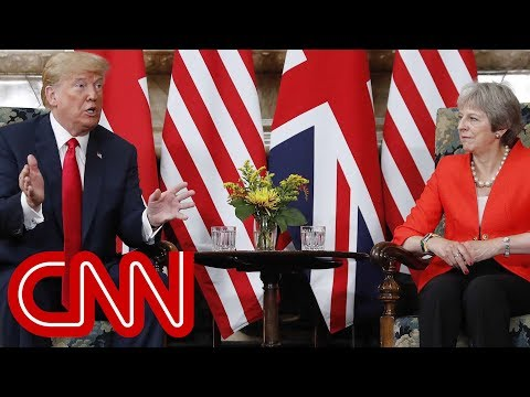 Trump meets with British Prime Minister Theresa May
