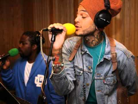 Travie Mccoy ft McLean - Billionaire