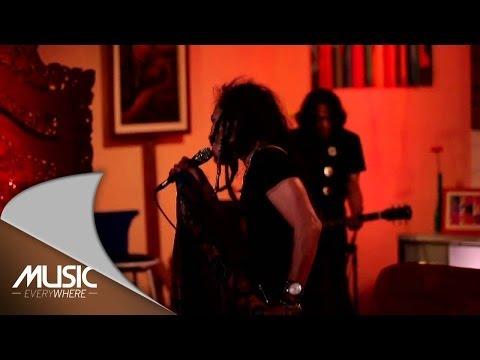 Ipang Lazuardi - Cinta Baru (Live at Music Everywhere) *