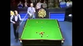 Alex Higgins unbelievebale 147 try (Almost)!! Fast playing at his best
