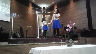 Alice Matos canta na PIB