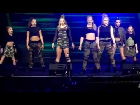 Bratayley: Flair 3.0 @ Playlist Live Orlando, FL (5.7.2017)