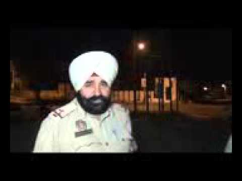 Drunk Punjab police official beats up media!