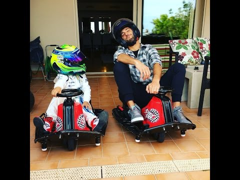 Felipinho Massa vs Daniel Ricciardo | Crazy Cart Race!