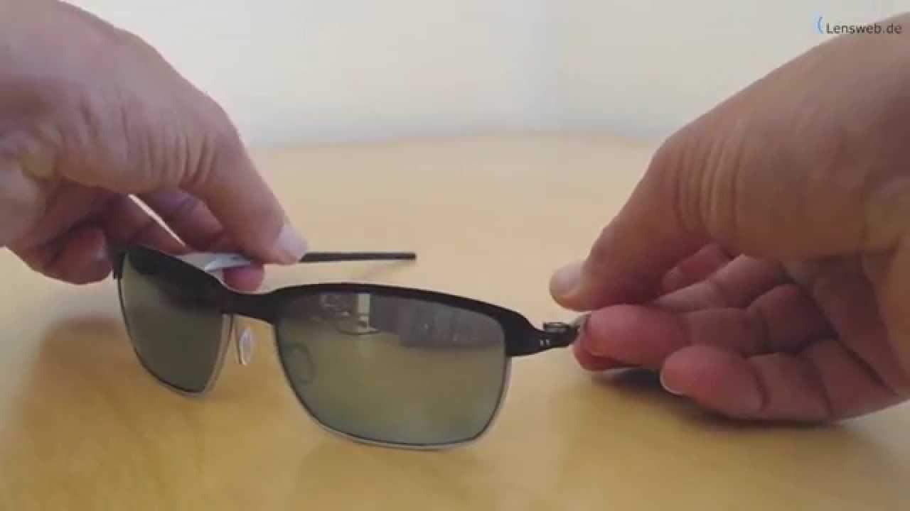 e901ee9bc7 Oakley Tinfoil - Matte Black - Emerald Iridium - YouTube
