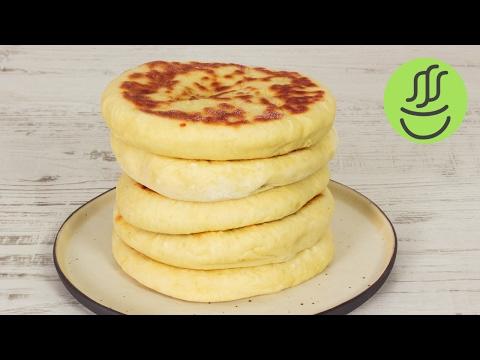 KOLAY Peynirli Bazlama - KAHVALTILIK Bazlama Tarifi - Tavada Ekmek Nasıl Yapılır?