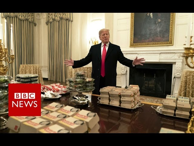 Trump serves fast food to White House guests - BBC News