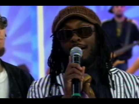 Black Eyed Peas  Shut Up & Where Is The Love  Faustão