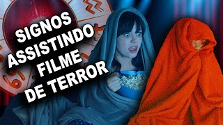 SIGNOS ASSISTINDO FILME DE TERROR