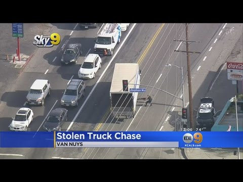 Driver Of Rental Truck Leads Wild Chase Through San Fernando Valley