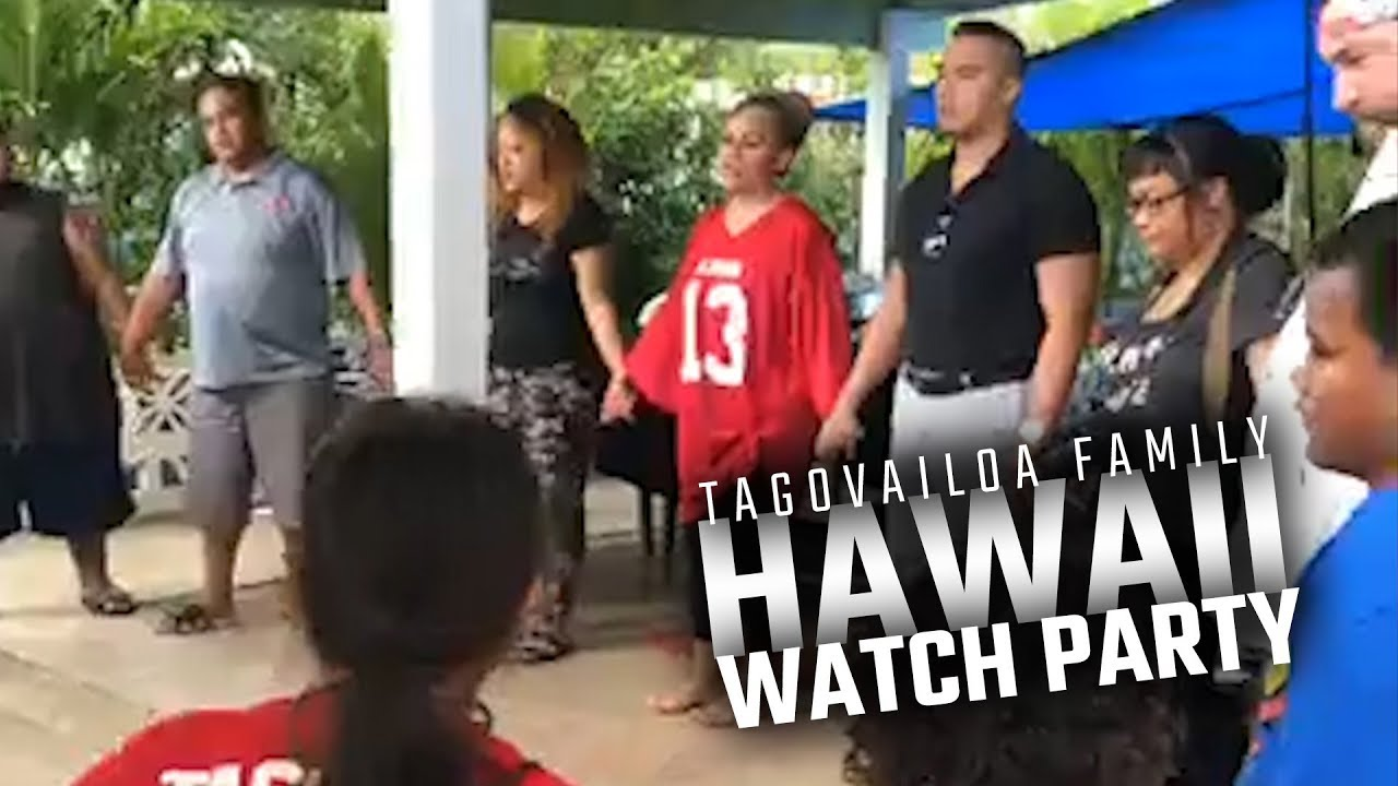 join-in-the-tagovailoa-family-prayer-circle-in-hawaii-following-alabama-s-2018-sec-championship-win