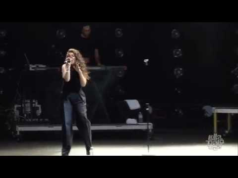 Lorde - Royals @ Lollapalooza Chicago 2014 (HD)