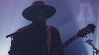 Sinkane - Telephone - Live From Lincoln Hall