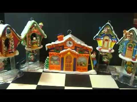 Mr Christmas Mickey's Clock house sings 21 Christmas carols - YouTube