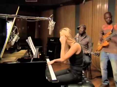 Wyclef Jean - Sweetest Girl Acoustic version with Niia & Jerry Wonda